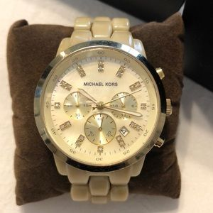 MICHAEL KORS Jet Set Champagne Watch